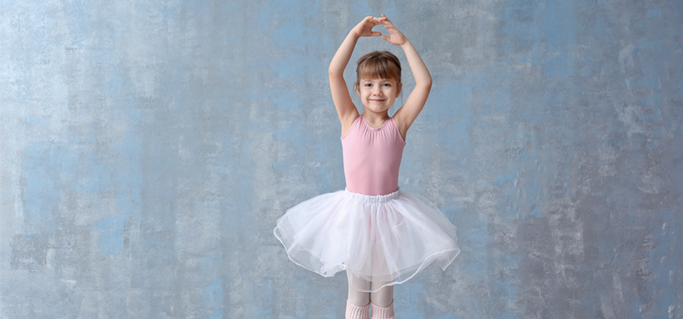Dance Classes with Ollie J Petite Performers